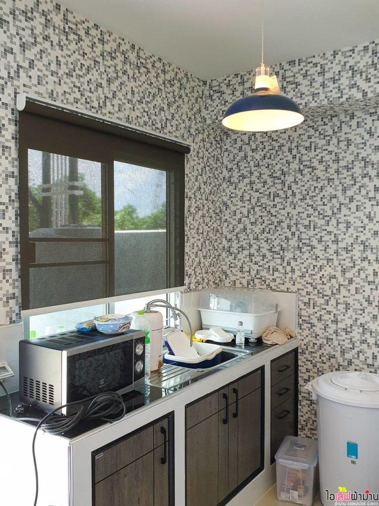 ม่านม้วน เข้ากับสไตล์โมเดิร์น ทำความสะอาดง่ายเหมาะกับห้องครัว