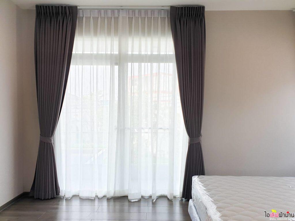 เพิ่ม ผ้าม่าน แบบ ม่านจีบผ้าโปร่ง เพื่อความเป็นส่วนตัว บ้านเดี่ยว มัณฑนา Westgate