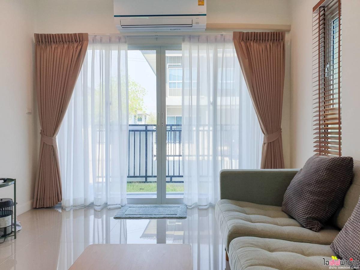 Curtain-Home-Sammakorn-Chaiyapruek-Wongwaen-2-2-06