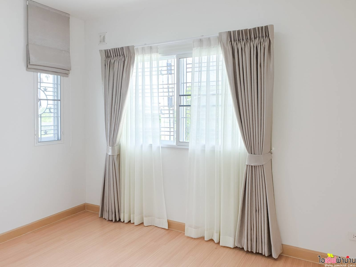 Curtain-Pruksa-Pinklao-Wongwaen-05